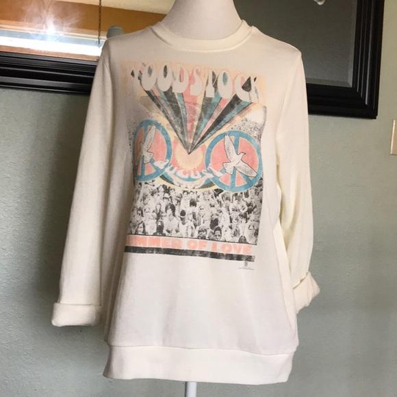 5d4a54de83 Mighty Fine retro print Woodstock sweatshirt. M 5a4ea7679cc7eff42b00778f